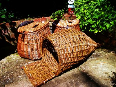 Duck netting willow basket