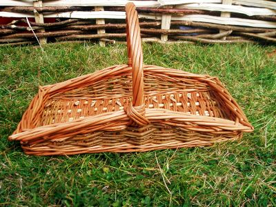 Rectangular willow flower basket