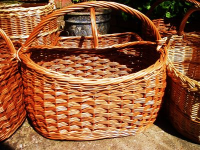 Oval slewed willow shopping basket